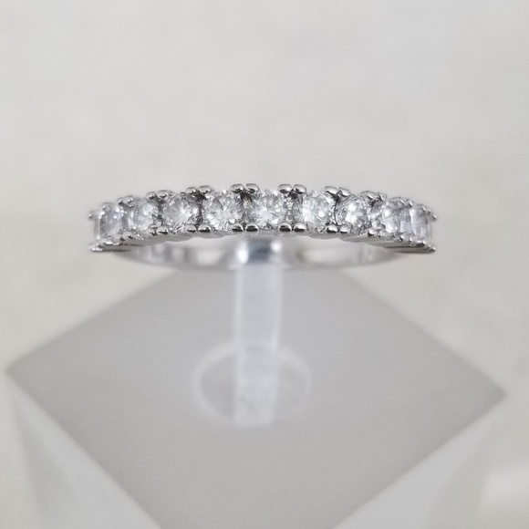 Jewelry - 18k Plated 1ct TW Band